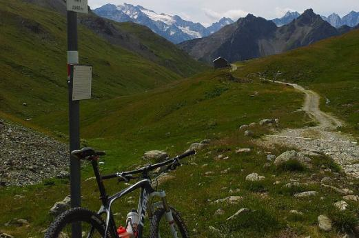 Tour: The Cycle-Road of Val Bregaglia