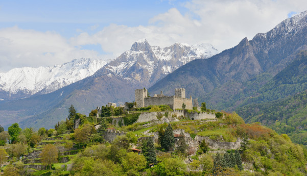 Towards Breno through the Val Camonica