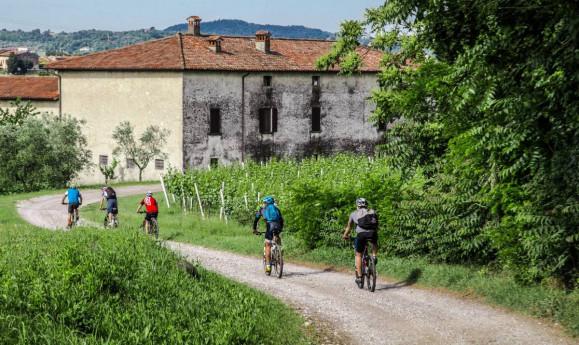 Bike tour Brut - ore 15.30