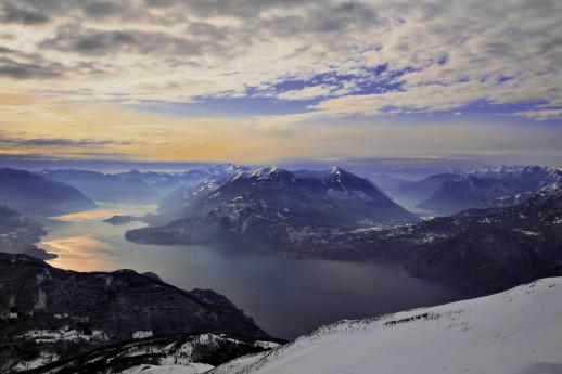 Ciaspolata all'Alpe Giumello in luna piena con guida alpina