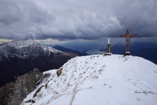 Ciaspolata sul Monte Legnoncino con guida alpina