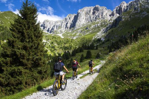 E-bike tour Passo della Presolana, Val Mezzana, Monte Pora
