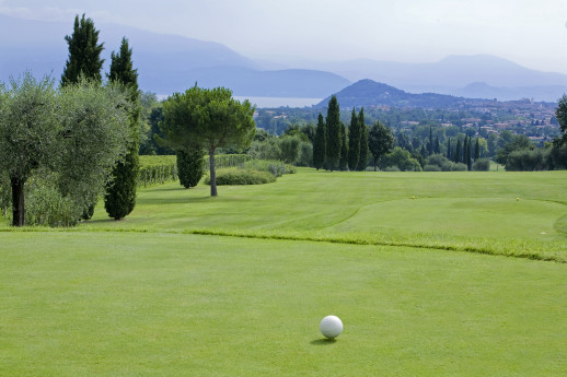 Come and Play with Us, For a romantic and sporting Getaway!