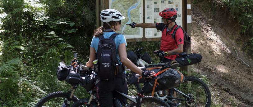 Da Como in bicicletta sulla linea di confine (ph: Maurizio Panseri)