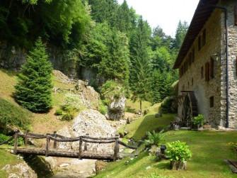 Alla scoperta del borgo di Rusio, della Chiesa di San Pedèr e della Valle dei Mulini