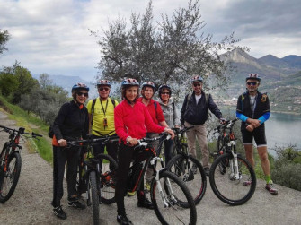 E-bike tour around Monte Isola