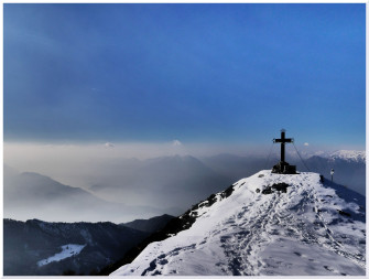 Ciaspolata in Val d'Esino e Monte Croce con guida