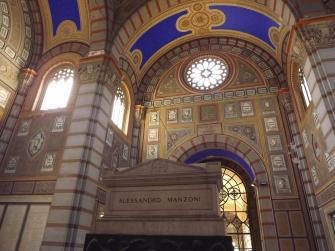 """""""Esercizio di memoria"""" attraverso le edicole del Cimitero Monumentale di Milano"""