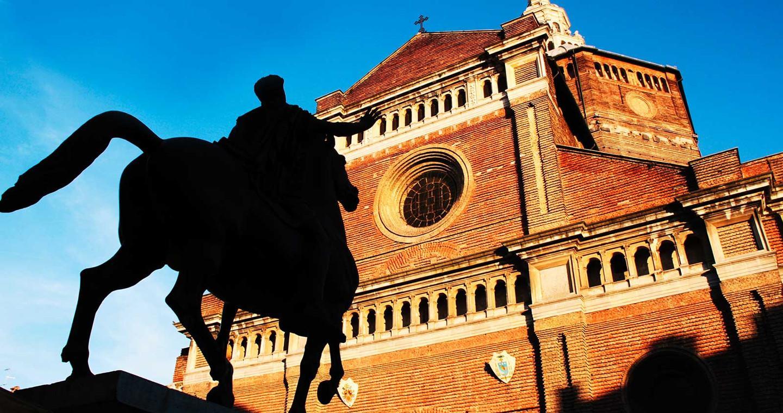 Dom von Pavia