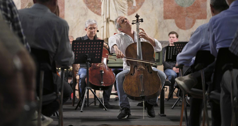 Giovanni Sollima solista in Sala di Manto con l'OCM