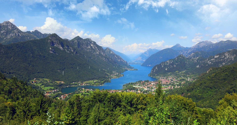 Vista del Lago d'Idro in Val Sabbia (BS)