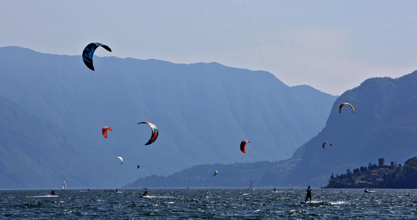 Kytesurf, between waves and wind on Lake Como