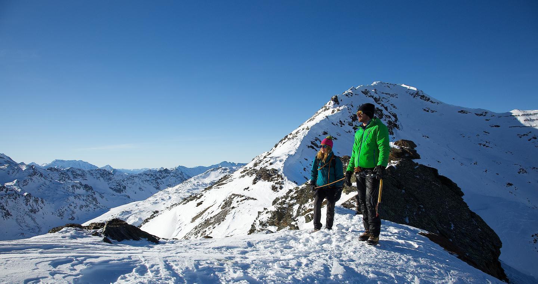 Escursione sui monti innevati di Bormio.