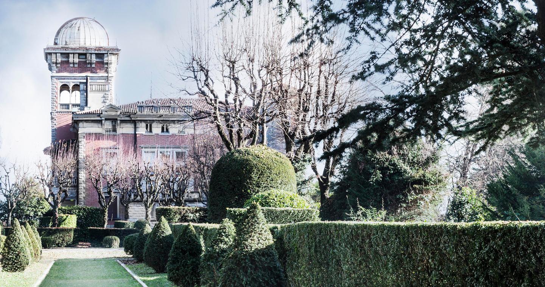 Villa Toeplitz circondata dai suoi giardini, Varese
