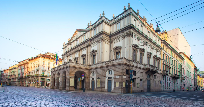 la scala theater - theaters milan - tourism milan - in-lombardia