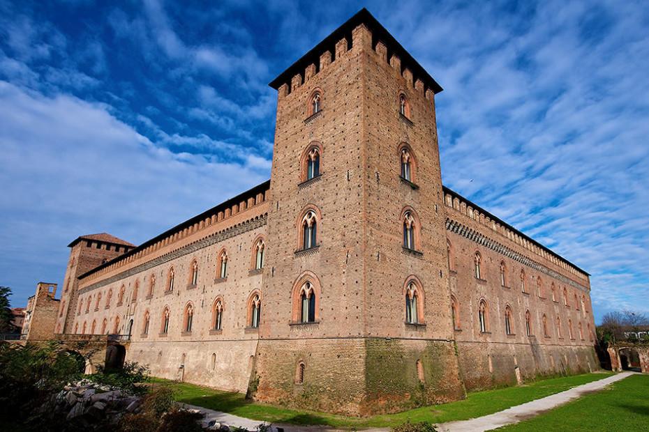 1. Castello Visconteo di Pavia