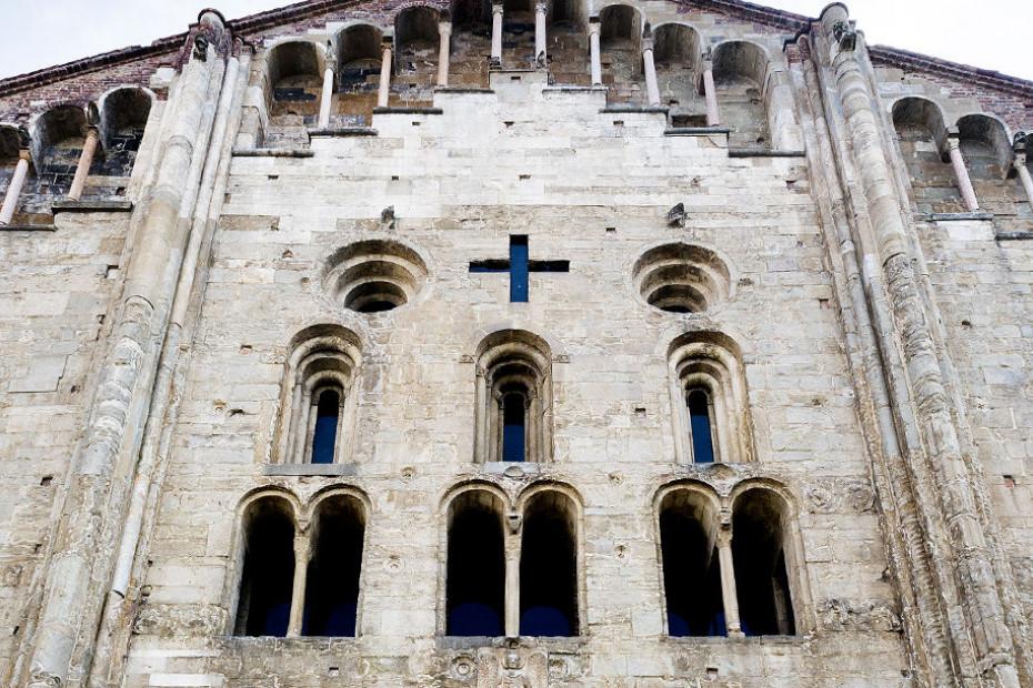 3. Basilica di San Michele Maggiore