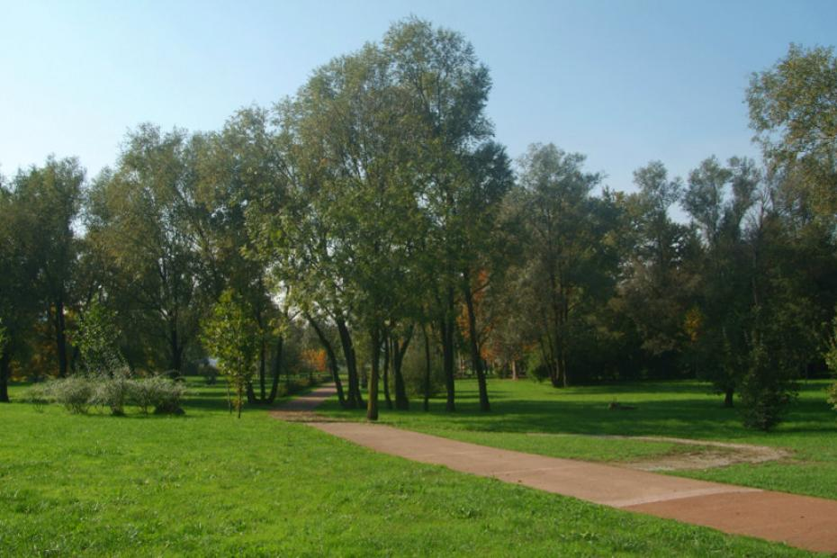 Picnic with children at the Zanzi Park