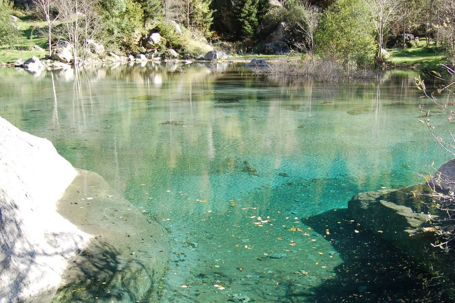 2. A magical pool of water in Val di Mello