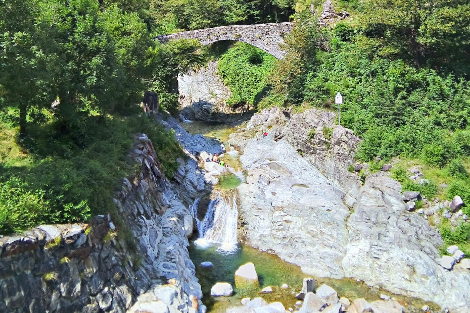 7. The Livo stream in Domaso, Alto Lario
