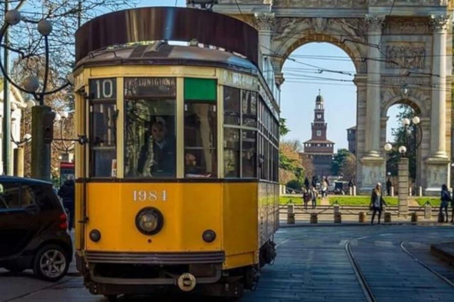 Tram n. 10: da viale Lunigiana a piazza XXIV Maggio.