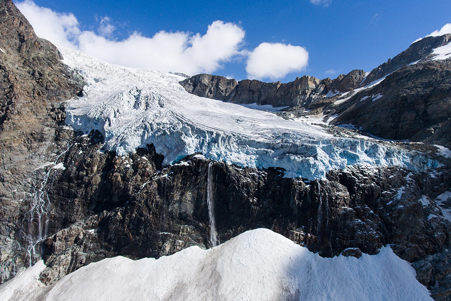The Fellaria glacier, a spectacle of nature
