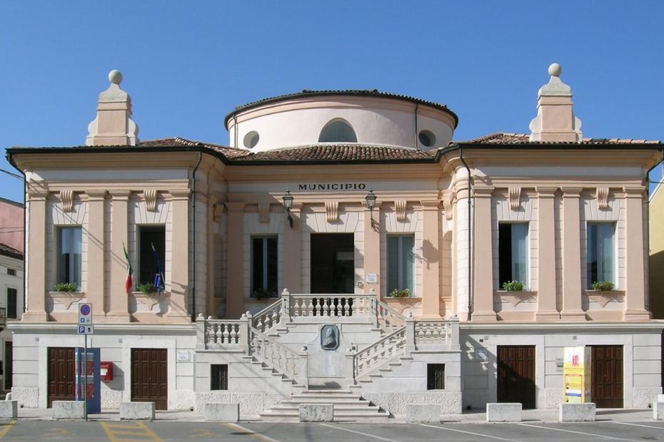 9. Castel d'Ario (MN)