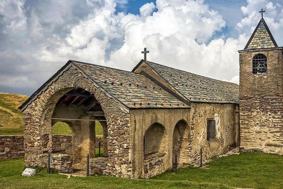Oratorio di San Lucio (Cavargna)