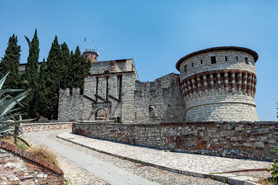 7. Il panorama dal Castello