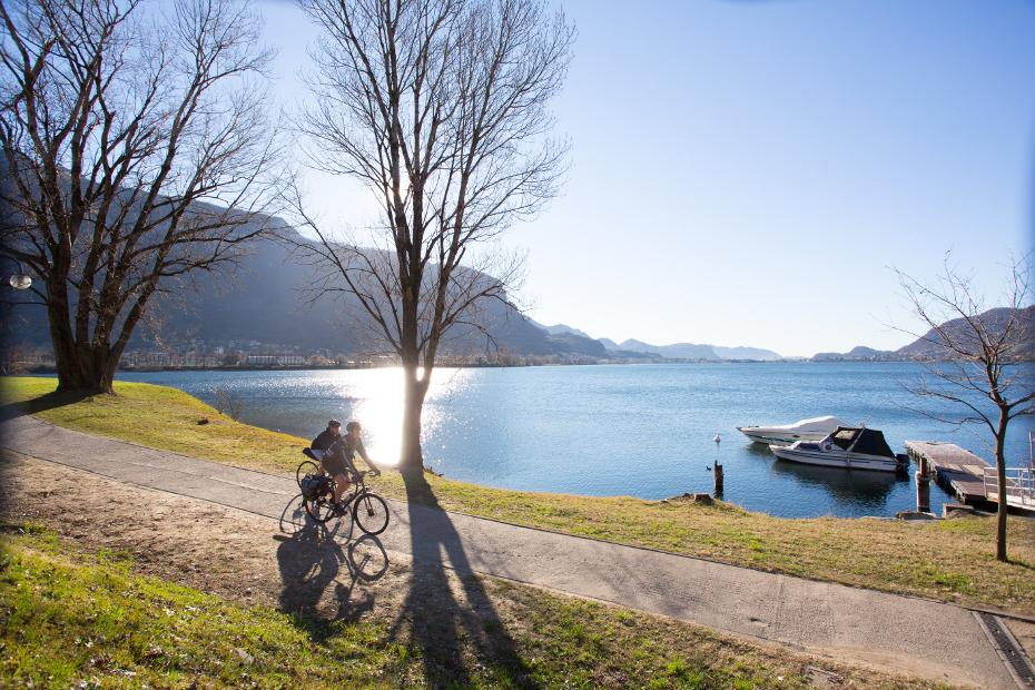 3. En bicicleta de la montaña al lago