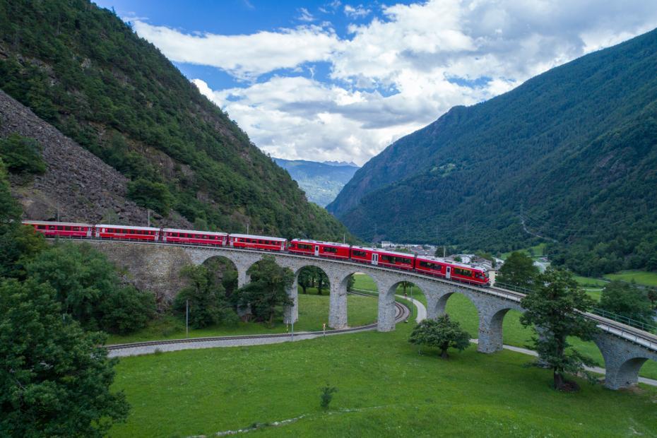 5. Sul Trenino del Bernina