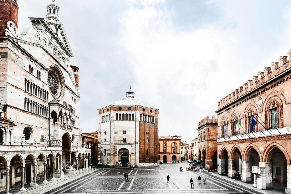 4. Cremona