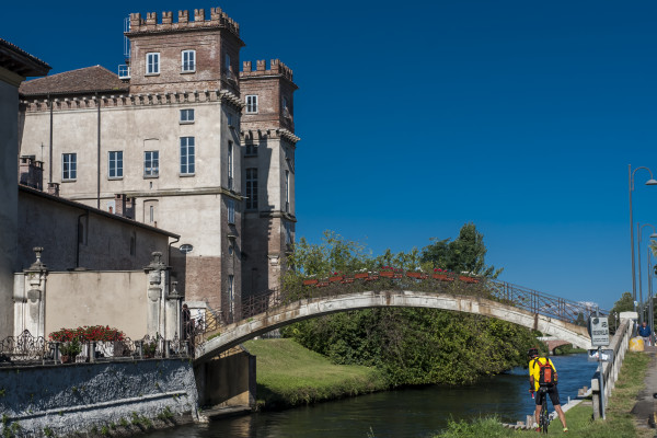 Palazzo Archinto, Robecco sul Naviglio (MI)