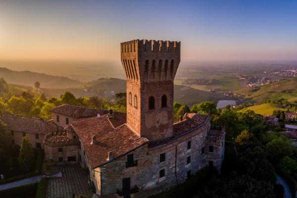 Castello di Cigognola - Foto di Ugo Cei