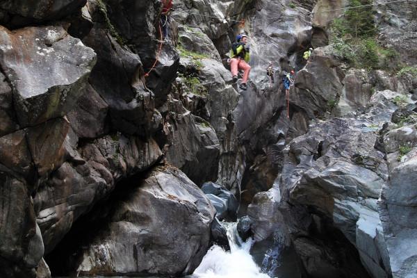 Gola up-carrucole sul torrente Scerscen