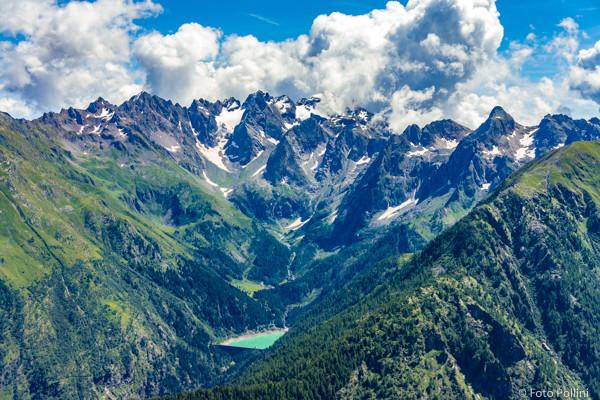 Il lago di Scais e il Pizzo Redorta