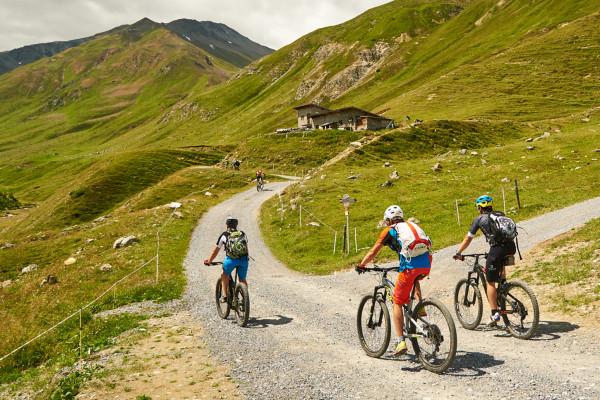 Livigno in bici con i campioni