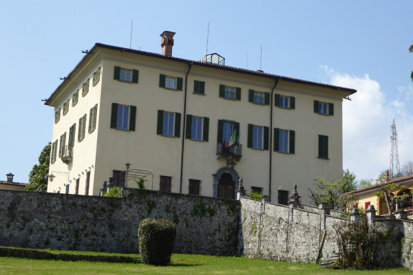 Villa Camozzi - seat of the Museum Valsanagra