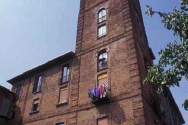 Palazzo e Torre visti da Via Tibaldi