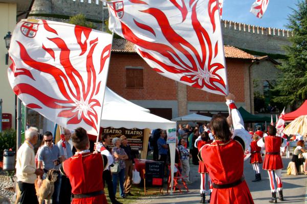 Sbandieratori Fiera di San Damiano
